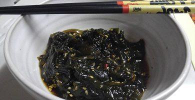 ensalada de algas wakame y pepino