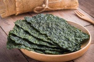 El alga nori que comes con el sushi es excelente ¿quieres saber por qué?