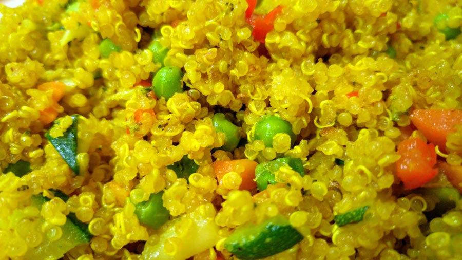 Receta de quinoa con verduras salteadas