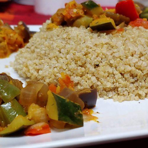 Ratatouilla vegano de quinoa verduras y calabaza