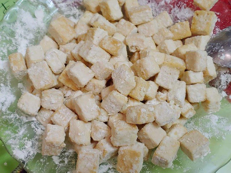 Rebozar tofu a la naranja
