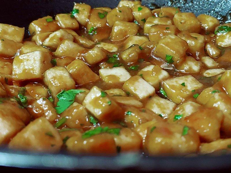 Tofu en salsa de naranja china