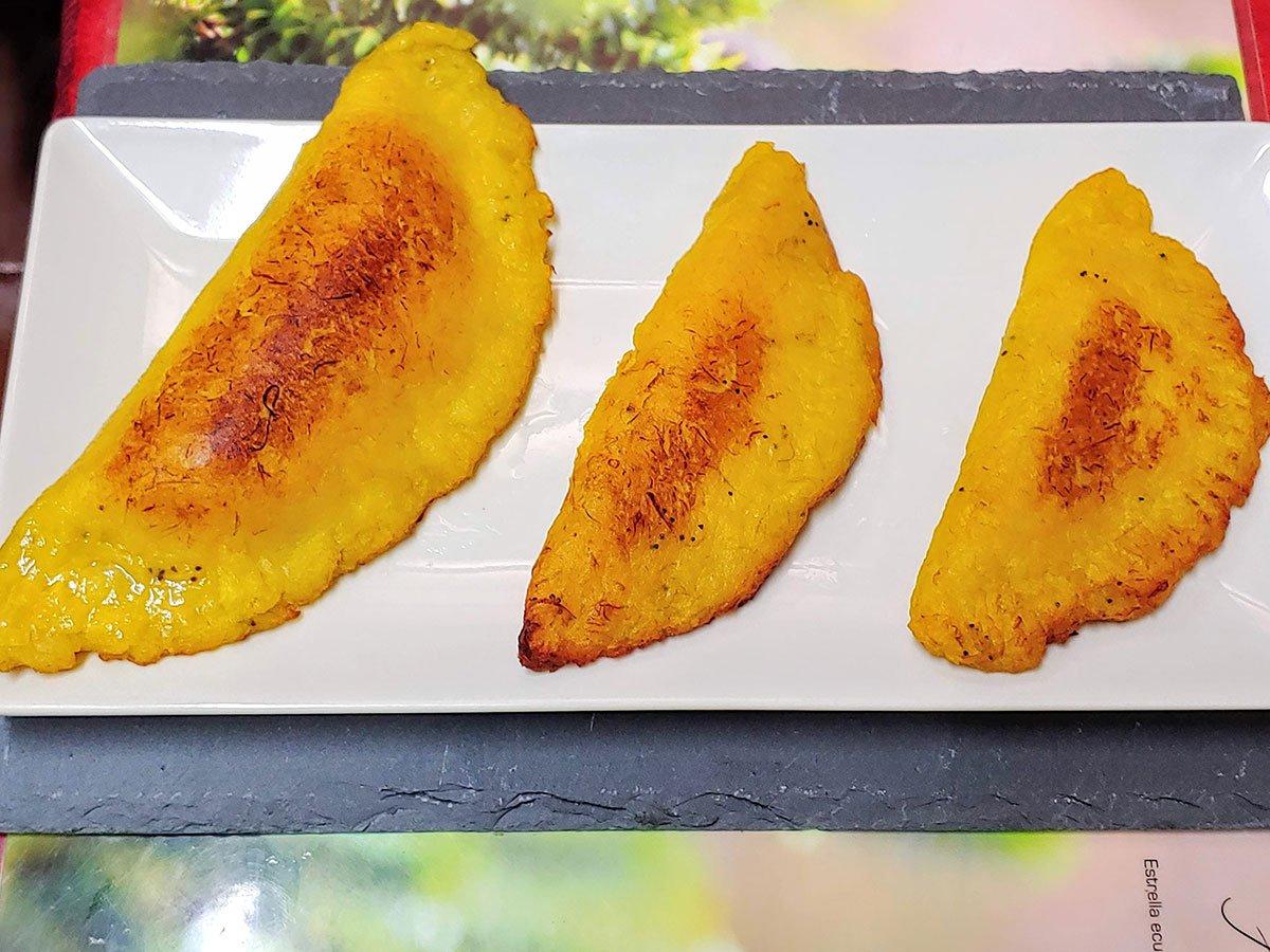 Receta De Empanadas De Plátano Macho Maduro Con Queso Vegano