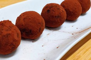 Receta de trufas crudiveganas de cacao
