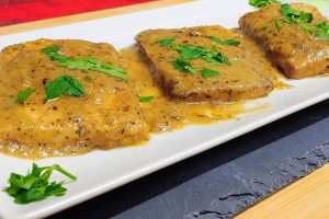 Receta vegana de tofu marinado frito al vino