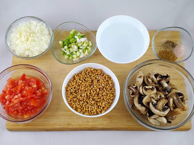 Ingredientes del pilaf de espelta integral